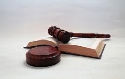 Trei societăţi de asigurare, sancţionate de ASF