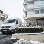 VW Crafter la plecarea din București
