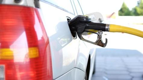 Creşterea numărului de maşini a accelerat cererea de carburanţi