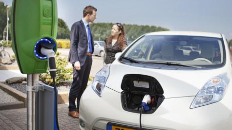 LeasePlan accelerează tranziţia spre mobilitate electrică