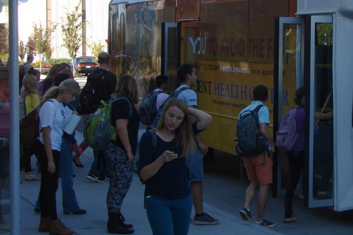 transportul elevilor navetişti