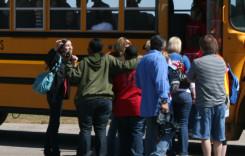 Decontarea navetei şcolare, valabilă şi pentru elevii de liceu