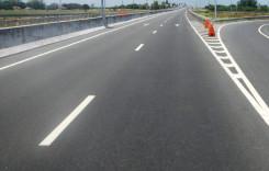 """Noi fisuri pe autostrada """"demolată"""", Sibiu-Orăştie"""