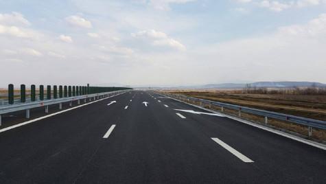 2 noi autostrăzi şi 3 drumuri expres