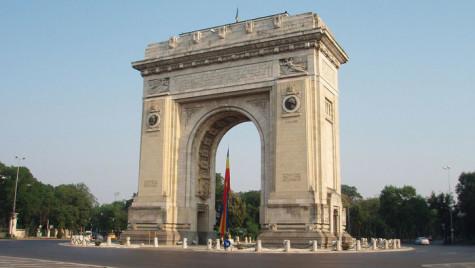 1 Decembrie. Restricţii de trafic în Bucureşti pentru organizarea paradei militare