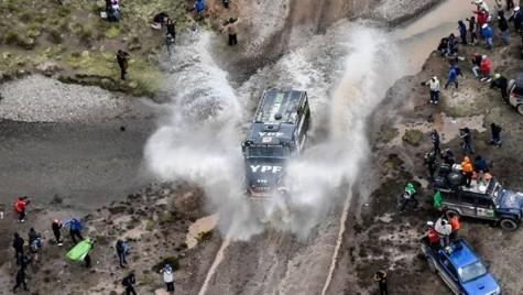 Dakar 2018: Iveco revine în etapa a șasea