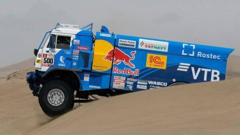 Dakar 2018: Kamaz se distanțează după etapa a patra