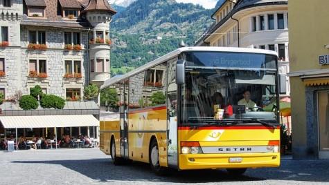 Aproape 60% dintre români nu cunosc drepturile pasagerilor. Eurobarometru