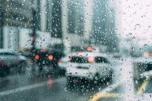 Cum dezgheți mașina rapid geamuri