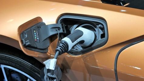 Mașinile electrice se vor încărca complet în 5 minute!