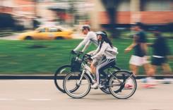 Traseu pentru biciclişti, în Bucureşti. Viteza traficului auto scade la 30 km/h