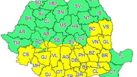 Cod galben de ninsori şi polei în 26 de judeţe