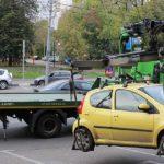 Avocatul Poporului solicită atacarea în instanţă a hotărârii privind ridicarea maşinilor în Capitală