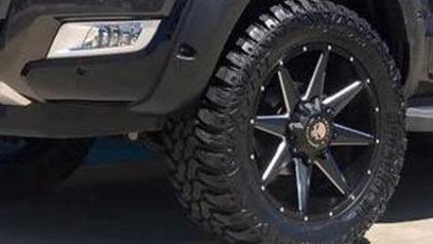 CNAIR cumpără 9 SUV-uri diesel. Preţul vehiculelor trebuie să includă toate costurile