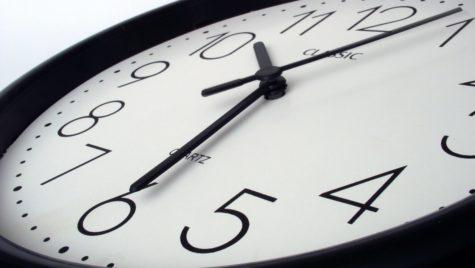 2021 poate fi ultimul an cu schimbarea sezonieră a orei