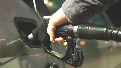 Pe piaţa carburanţilor, un mare jucător stabileşte preţul