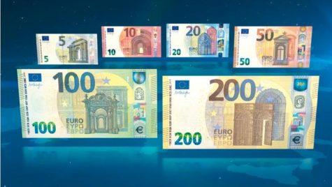 Noile bancnote de 100 euro şi 200 euro au fost puse în circulaţie