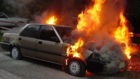 Poliţa RCA şi pagubele provocate de un vehicul care a luat foc