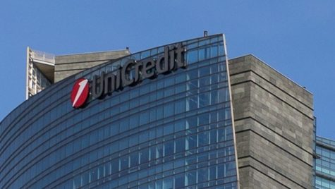 Unicredit Bank România se retrage complet de pe Facebook, de la 1 iunie