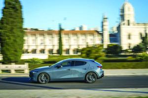 Mazda3 Polymetal Grey