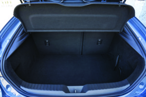 Portbagaj Mazda3