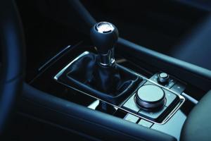 Schimbător Mazda3