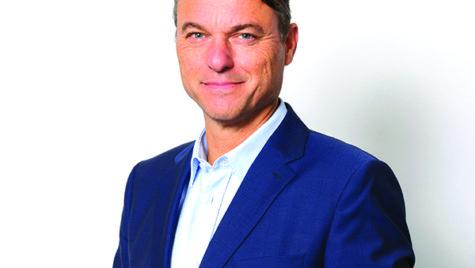 Interviu cu Laurens van den Acker, designer șef Renault