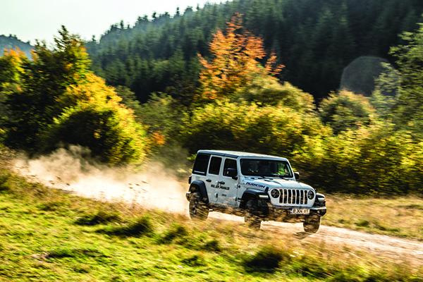 Jeep Wrangler, alternativa la DN1