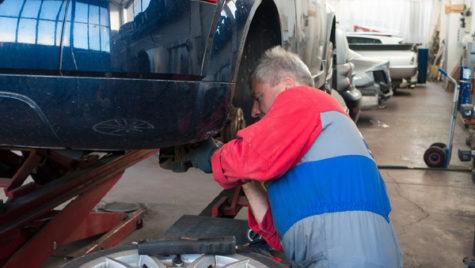 Peste 50% dintre şoferi sunt interesaţi de valoarea reparaţiilor prin poliţa Casco