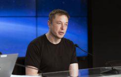 Elon Musk ajută cu 1.255 ventilatoare bolnavii de Covid-19