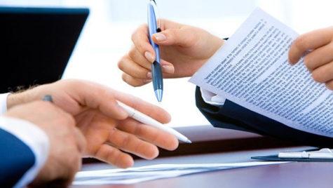 Aproape 800.000 de contracte individuale de muncă au fost suspendate