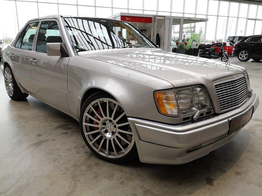 Mercedes-Benz E60 AMG floteauto.ro