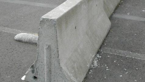 Începe înlocuirea separatorului de sens din beton în Pasajul Băneasa