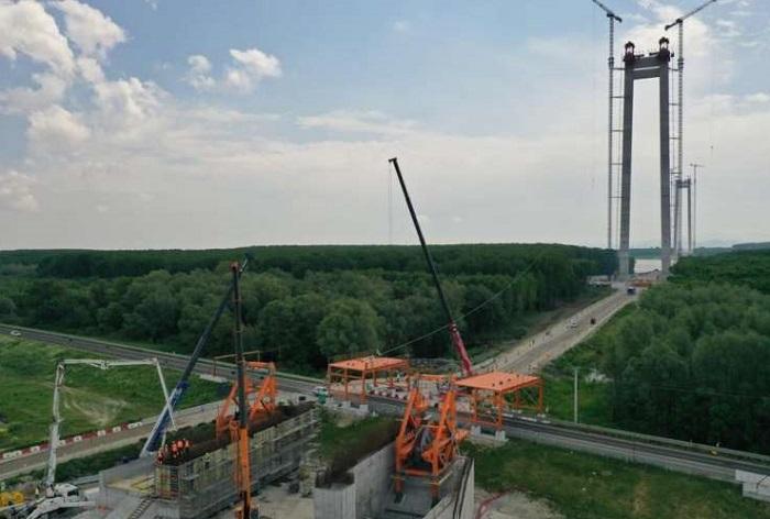 Podul suspendat de la Brăila